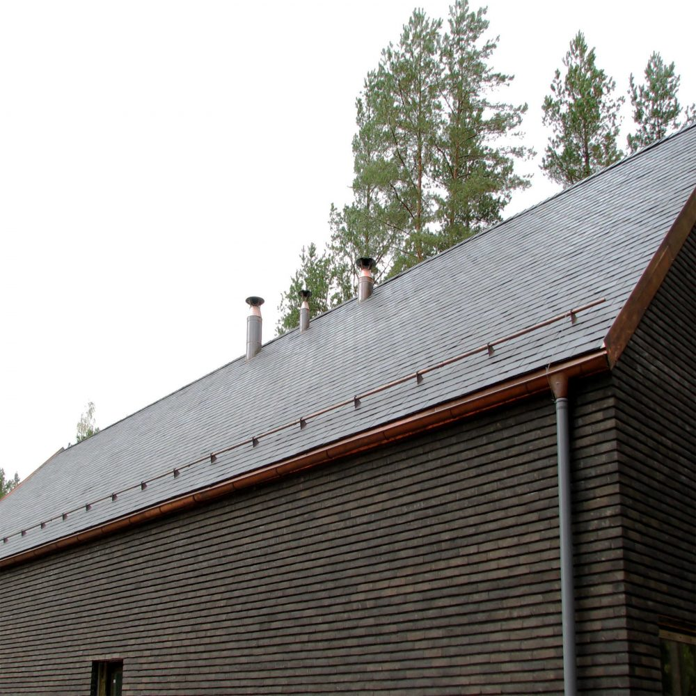 natūrali uoliena stogui